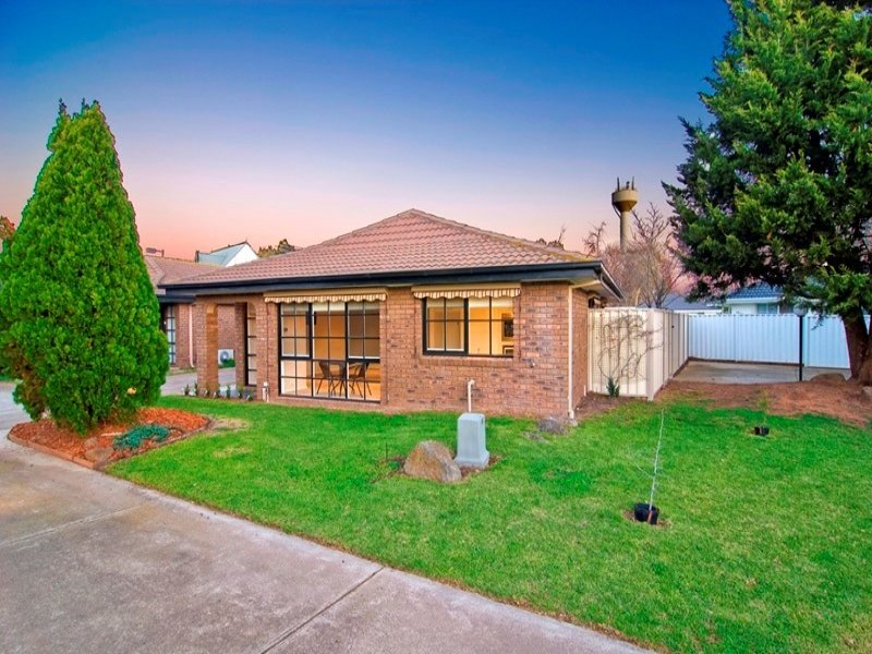 7/23 Finch Road, Werribee South, Vic 3030