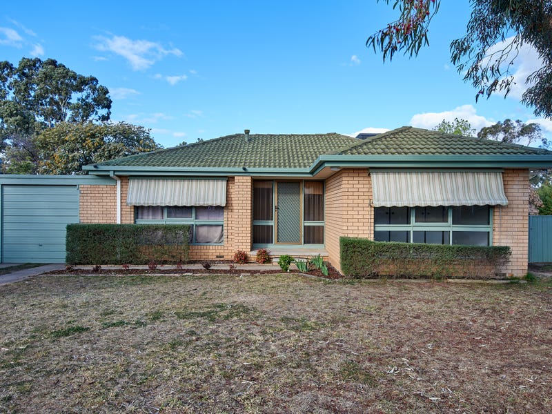7 Goborra Street, Glenfield Park, NSW 2650