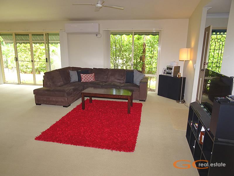 1/406 Pine Ridge Rd, Coombabah, Qld 4216