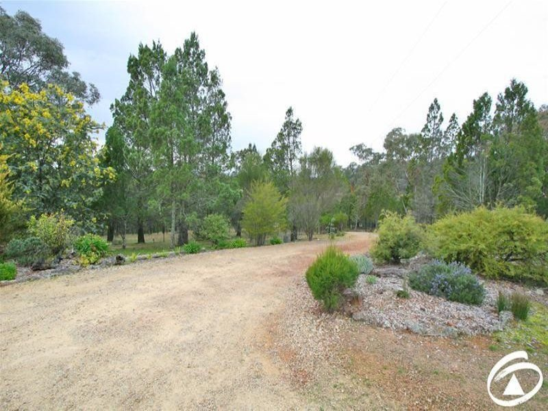 300 Packham Drive, Molong, NSW 2866