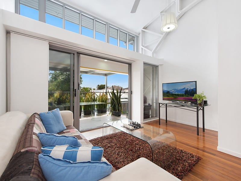 2/14 Military Close, Annerley, Qld 4103