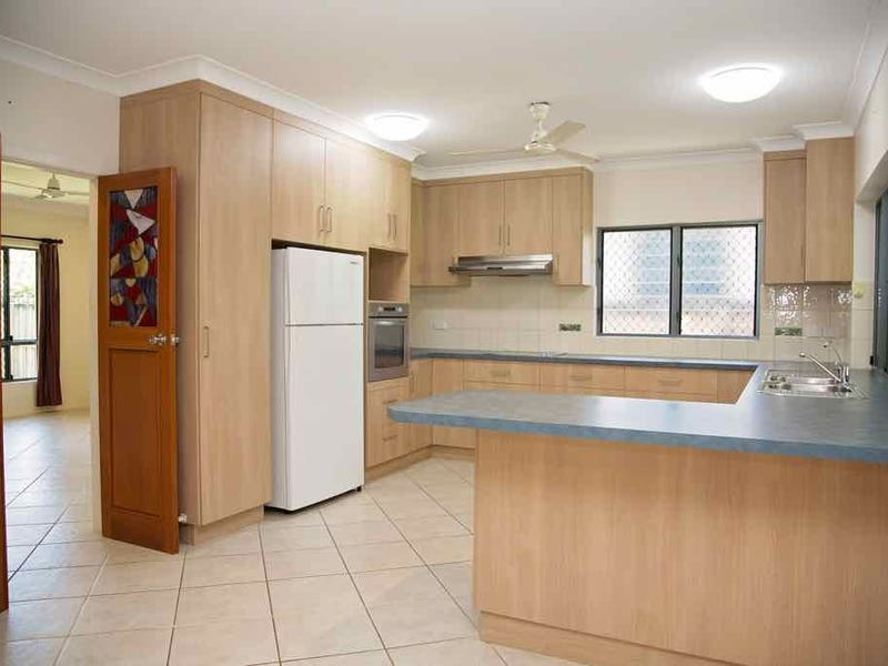36 Seaview Street, Mission Beach, Qld 4852