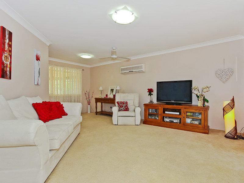 10  Marina Court, Eatons Hill, Qld 4037