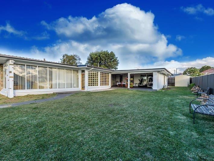 12 Rowley St, Smithfield, NSW 2164