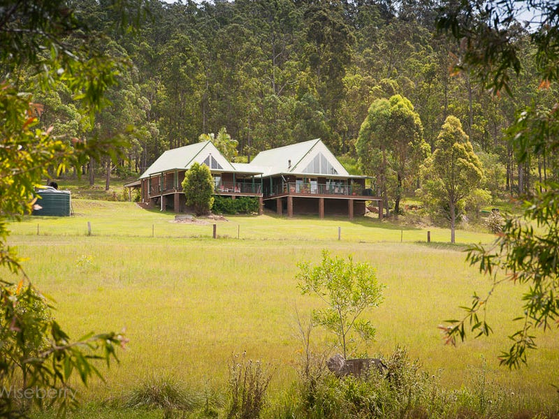 284 Careys  Road, Hillville, NSW 2430