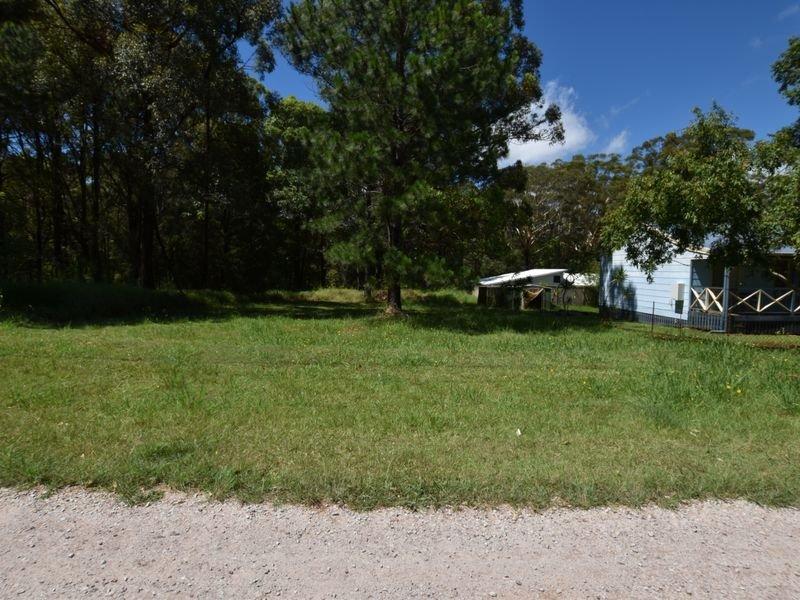 108 Laurel St, Russell Island, Qld 4184
