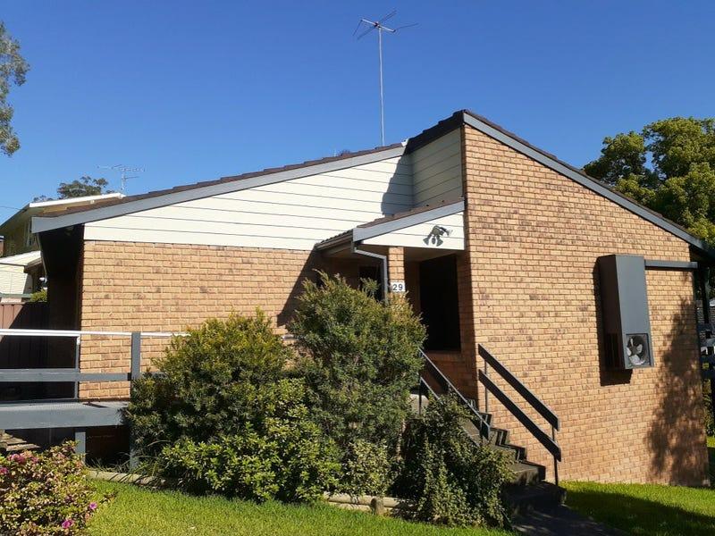 29/31 Fiona Street, Point Clare, NSW 2250