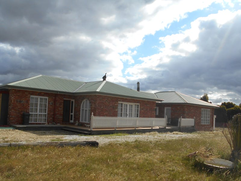 69 Australasia Drive, Creswick, Vic 3363