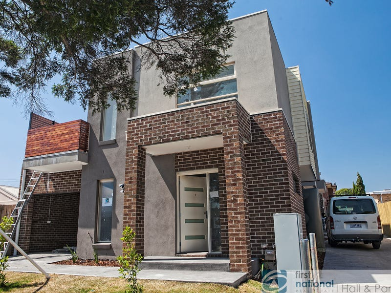 1-4/22 Pickett Street, Dandenong, Vic 3175