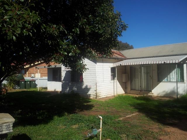 104 Warrah street, Peak Hill, NSW 2869