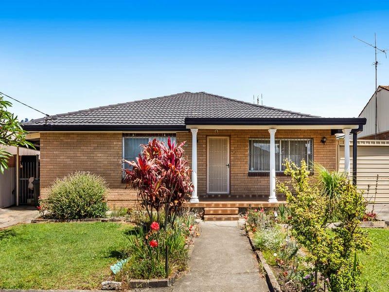 33 Kapooka Avenue, Dapto, NSW 2530