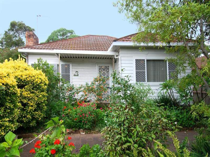 141 Prince Edward Dr, Brownsville, NSW 2530