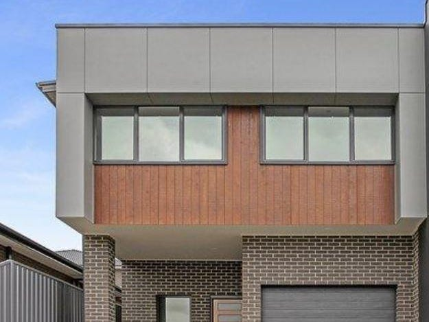 62B  Saddleback Crescent, Kembla Grange, NSW 2526