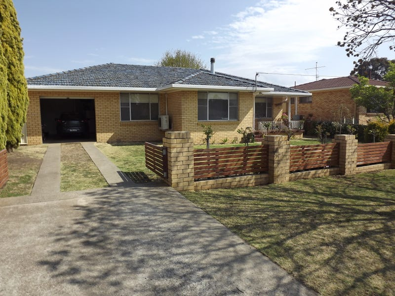 27 Lindsay Avenue, Glen Innes, NSW 2370