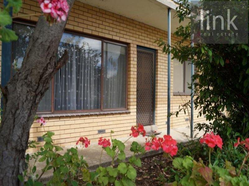 2/519 Schubach Street, East Albury, NSW 2640