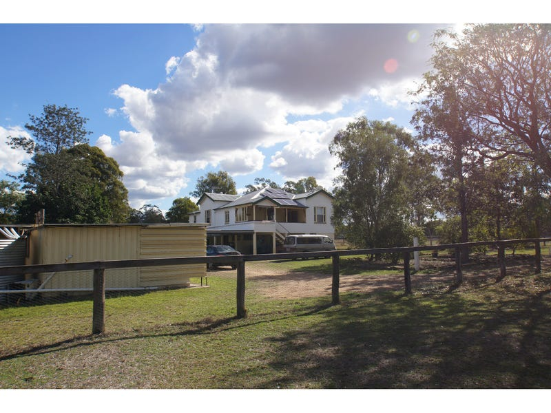 5 Fleur Crescent, Lockyer Waters, Qld 4311