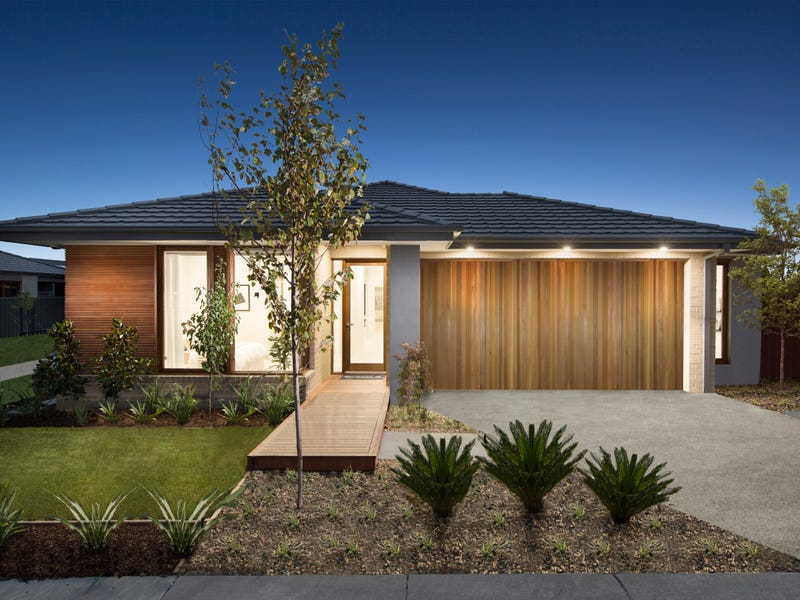 Lot 215 Corbett Street (Smith's Lane), Clyde North, Vic 3978