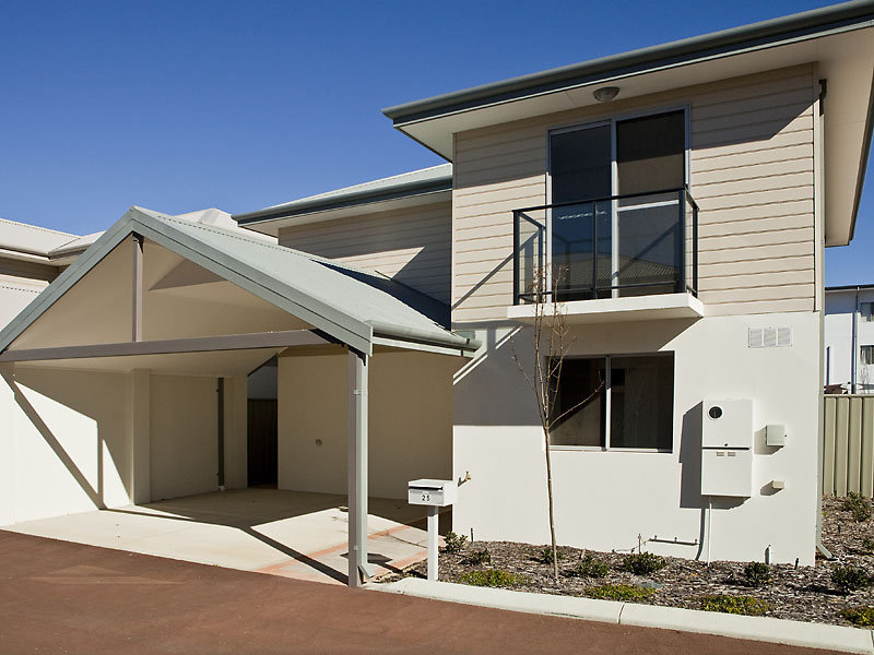 Unit 27 / 12 Davis Road, Kelmscott, WA 6111