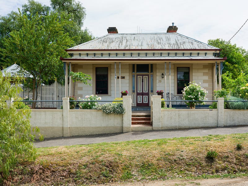39 Campbell Street, Castlemaine, Vic 3450