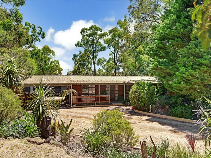 14 RANGE AVENUE, Heathcote Junction, Vic 3758