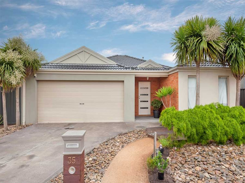 35 Mareeba Way, Craigieburn, Vic 3064