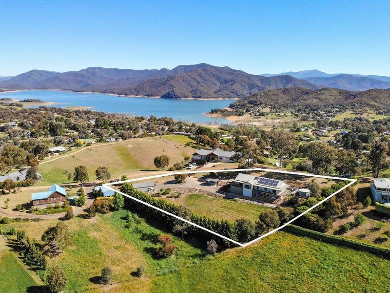 12 Bay View Way, Mountain Bay, Vic 3723