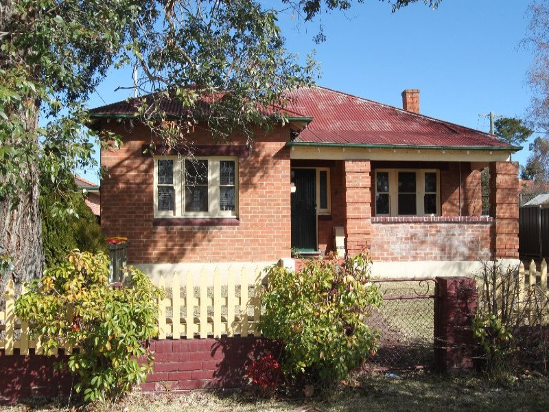 54 Lambert Street, Bathurst, NSW 2795
