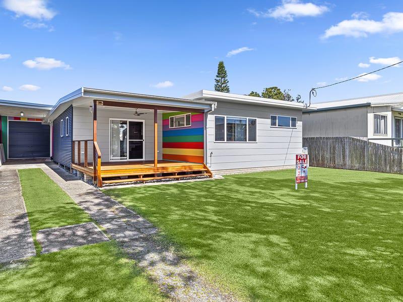 30 Schafer Street, Red Rock, NSW 2456