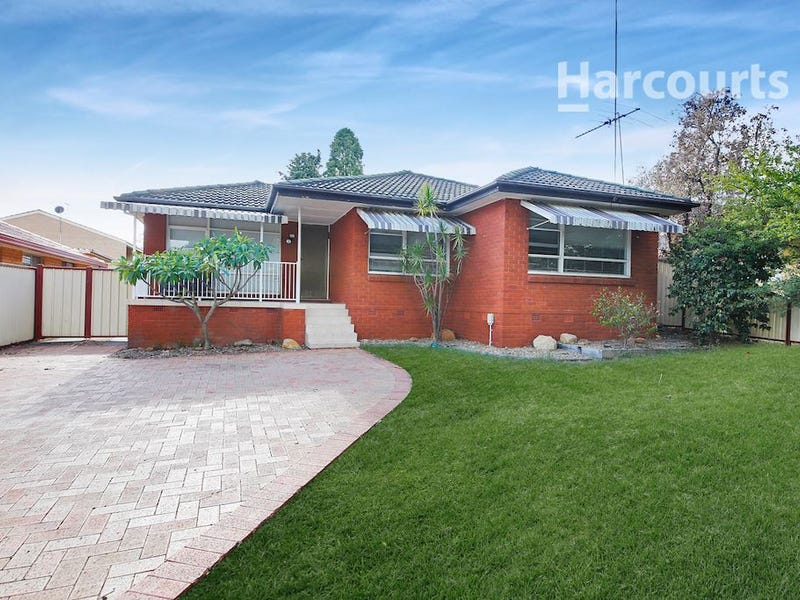 24 Brudenell Avenue, Leumeah, NSW 2560