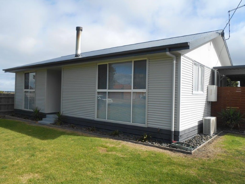 4 Turnbull St, Port Welshpool, Vic 3965