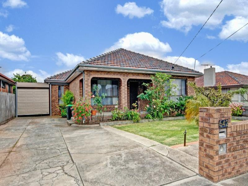 542 Buckley Street, Keilor East, Vic 3033