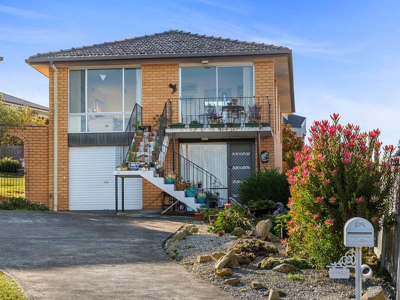 2/12 Stratford Place, Blackmans Bay, Tas 7052