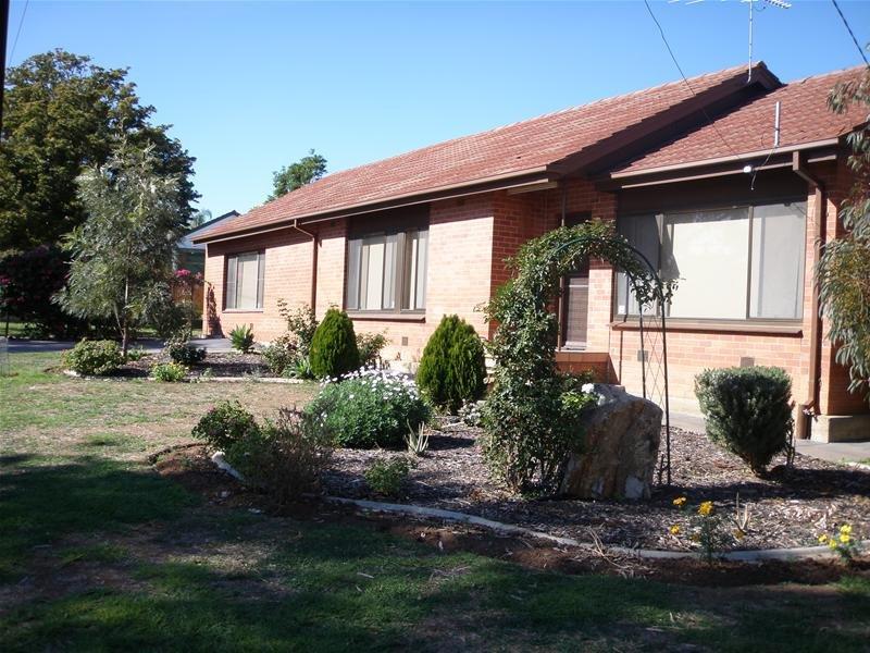 3 Malbaru Avenue, Ingle Farm, SA 5098