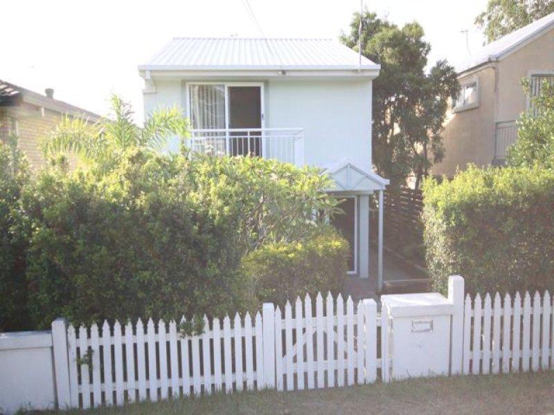 4 Buliti Street, Santa Barbara, Qld 4212