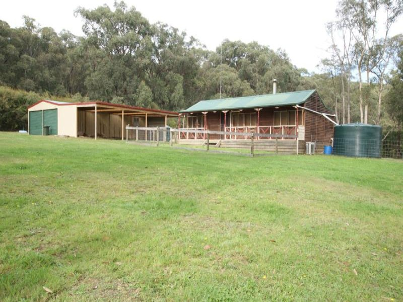 1805 Woods Point Road, McMahons Creek, Vic 3799