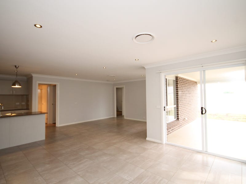 15 Ashby Street, Oran Park, NSW 2570