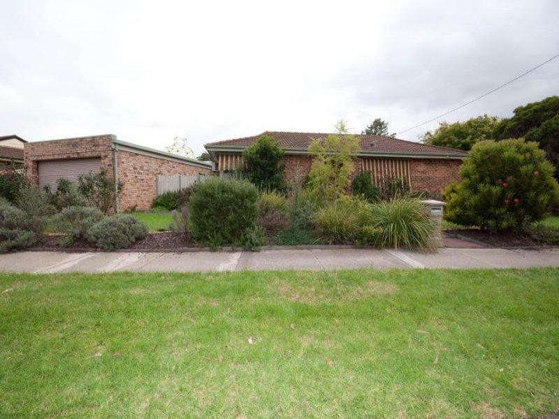 2 Birralee Square, Keilor Downs, Vic 3038