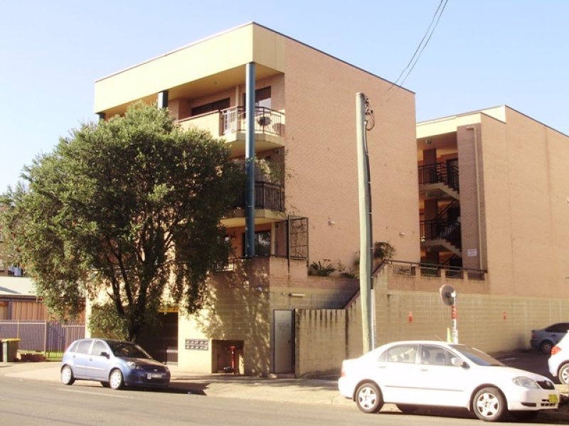 9/114 Bigge street, Liverpool, NSW 2170