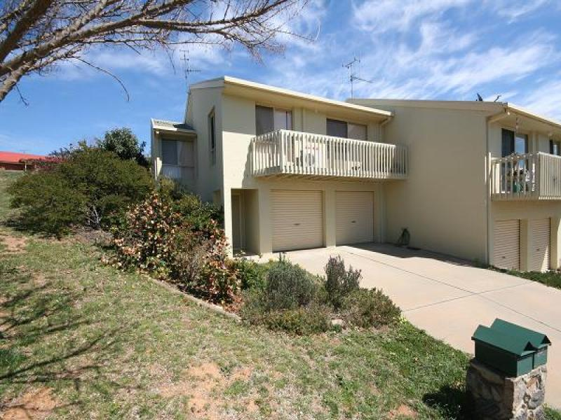 1/8 Kenny Place, Queanbeyan, NSW 2620