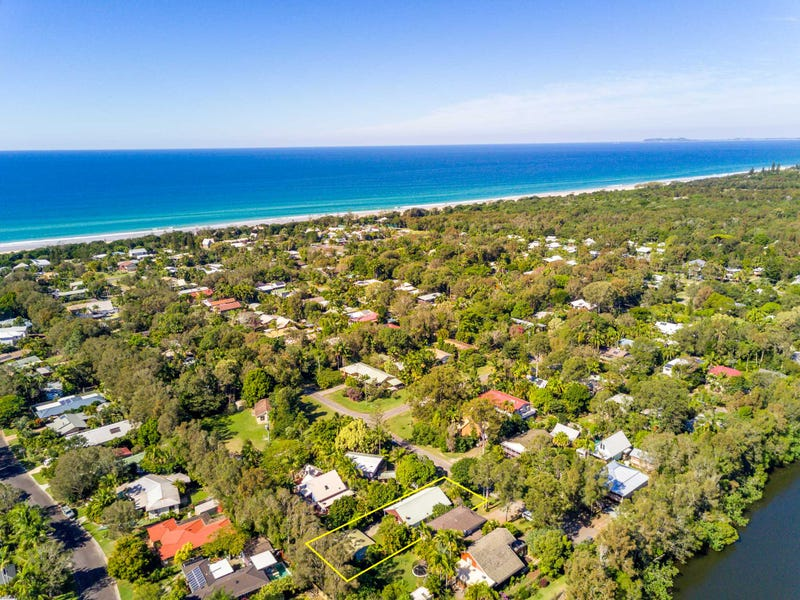 33 Gloria Street, South Golden Beach, NSW 2483