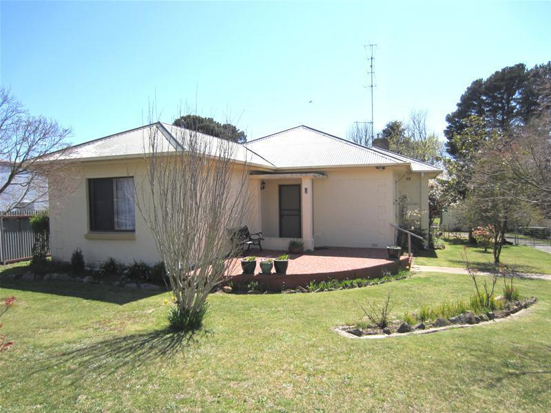 13 Balfour Street, Oberon, NSW 2787