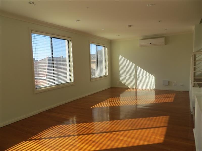 2/47 Rowland Avenue, Wollongong, NSW 2500