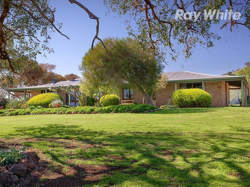 1511 Lake Road, Bethanga, Vic 3691