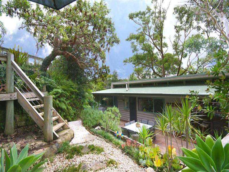 27 Northumberland Avenue, Mount Colah, NSW 2079