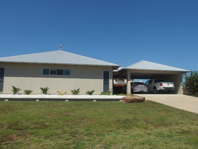 18 Mokera Street, Coral Cove, Qld 4670