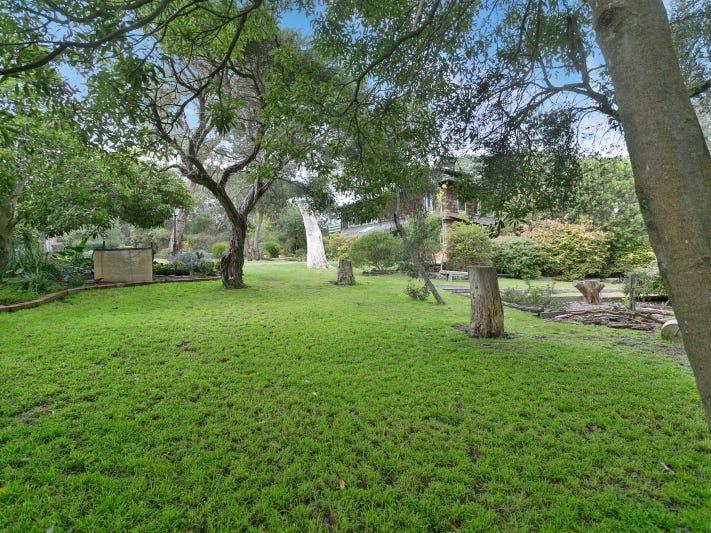 20 Ferrero Grove, Mount Martha, Vic 3934