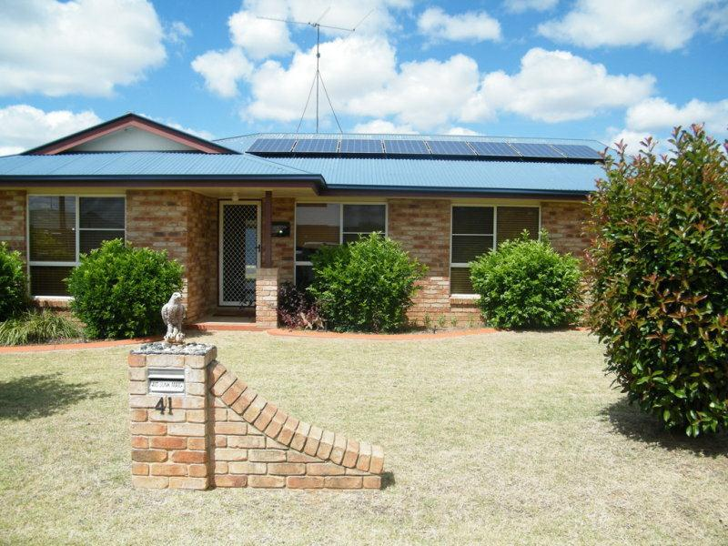 41 Beasley Street, Chinchilla, Qld 4413