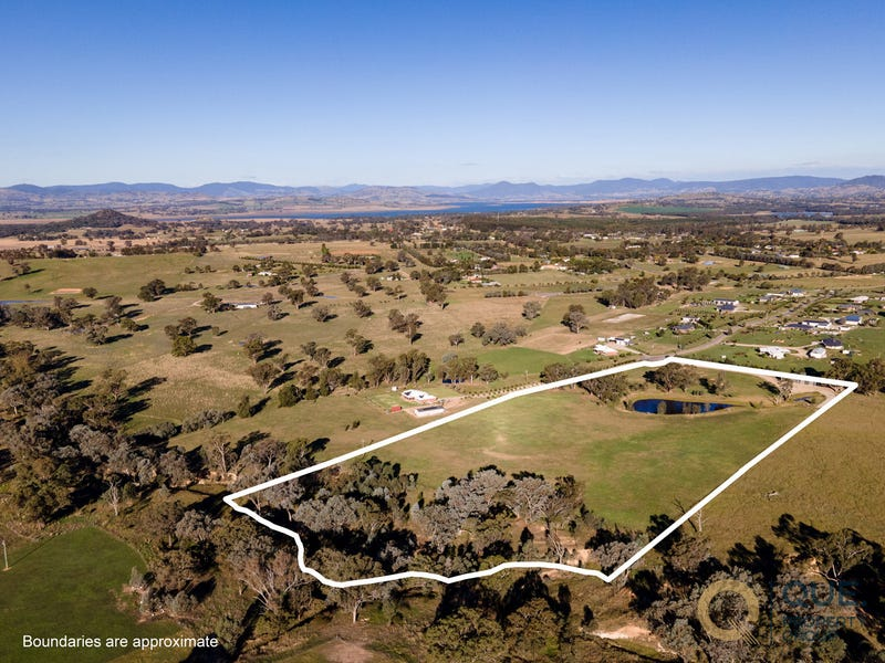 49 Claremont Place, Table Top, NSW 2640