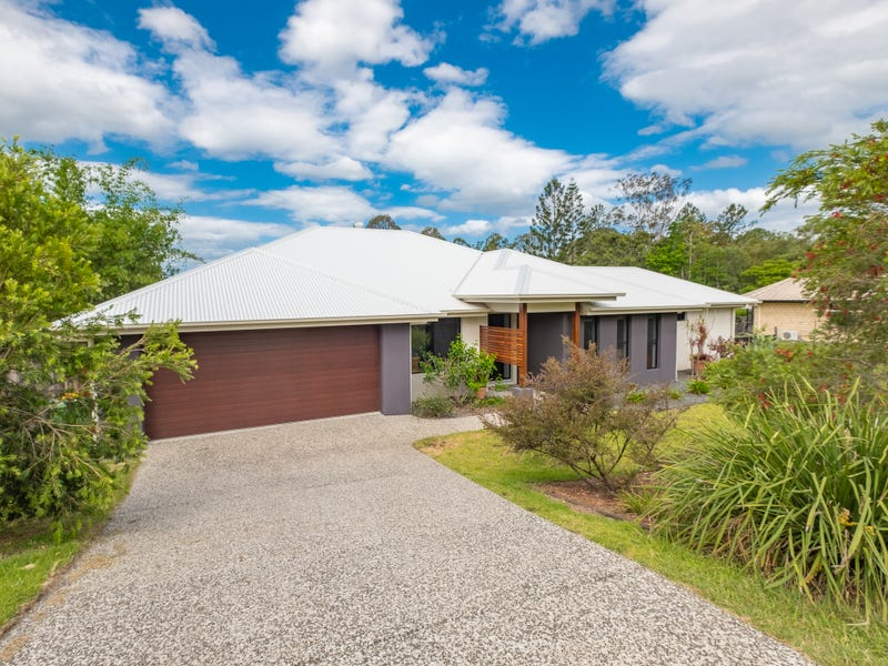 14 Haven Street, Southside, Qld 4570