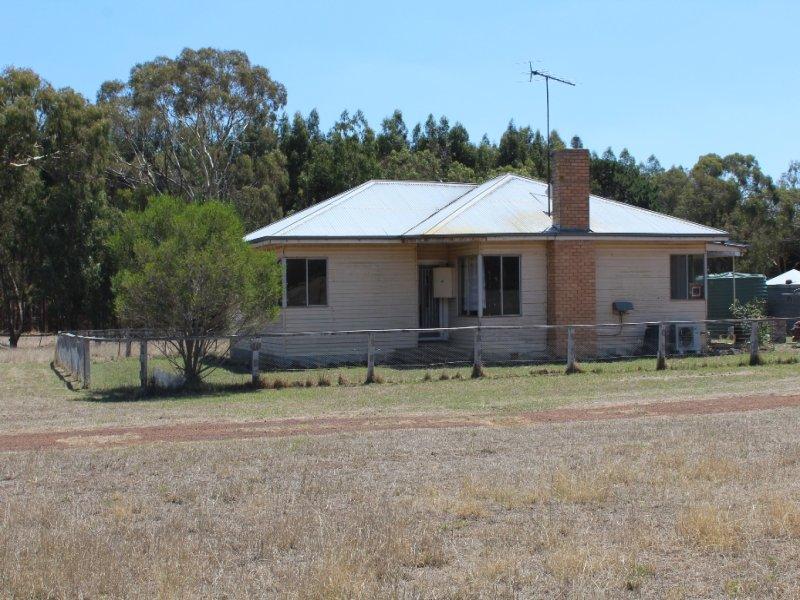 530 Old Crusher Road, Byaduk, Vic 3301